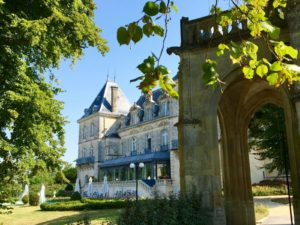 Driving A Counterclockwise Spiral Through Southwest France – Part II